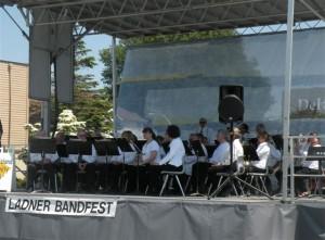 Band Crop 21